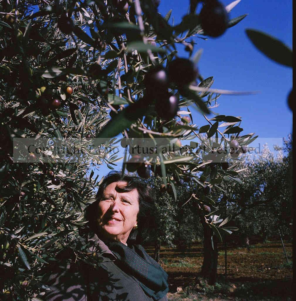 marika burgarella - Oleificio e azienda agrituristica Baglio Fon